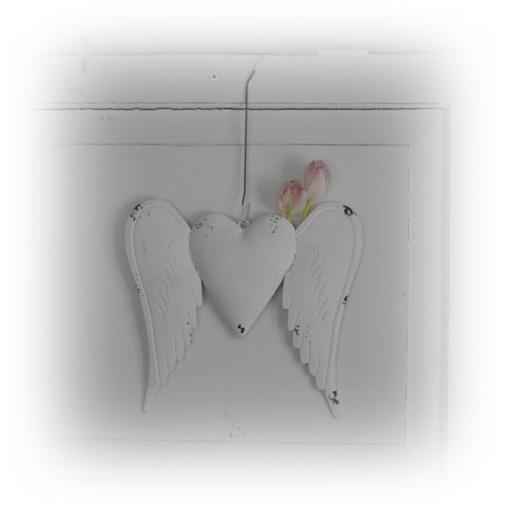 änglavingar med hjärta