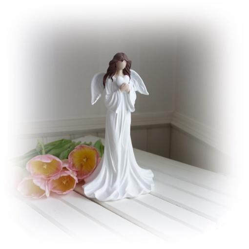 Ängel med vita vingar