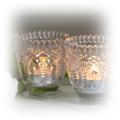 Mönstrat glas lyktor