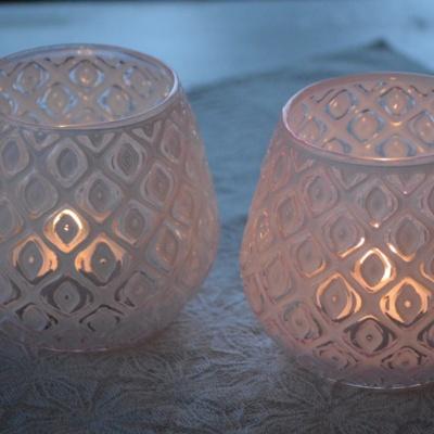 Ljuskoppar i rosa glas